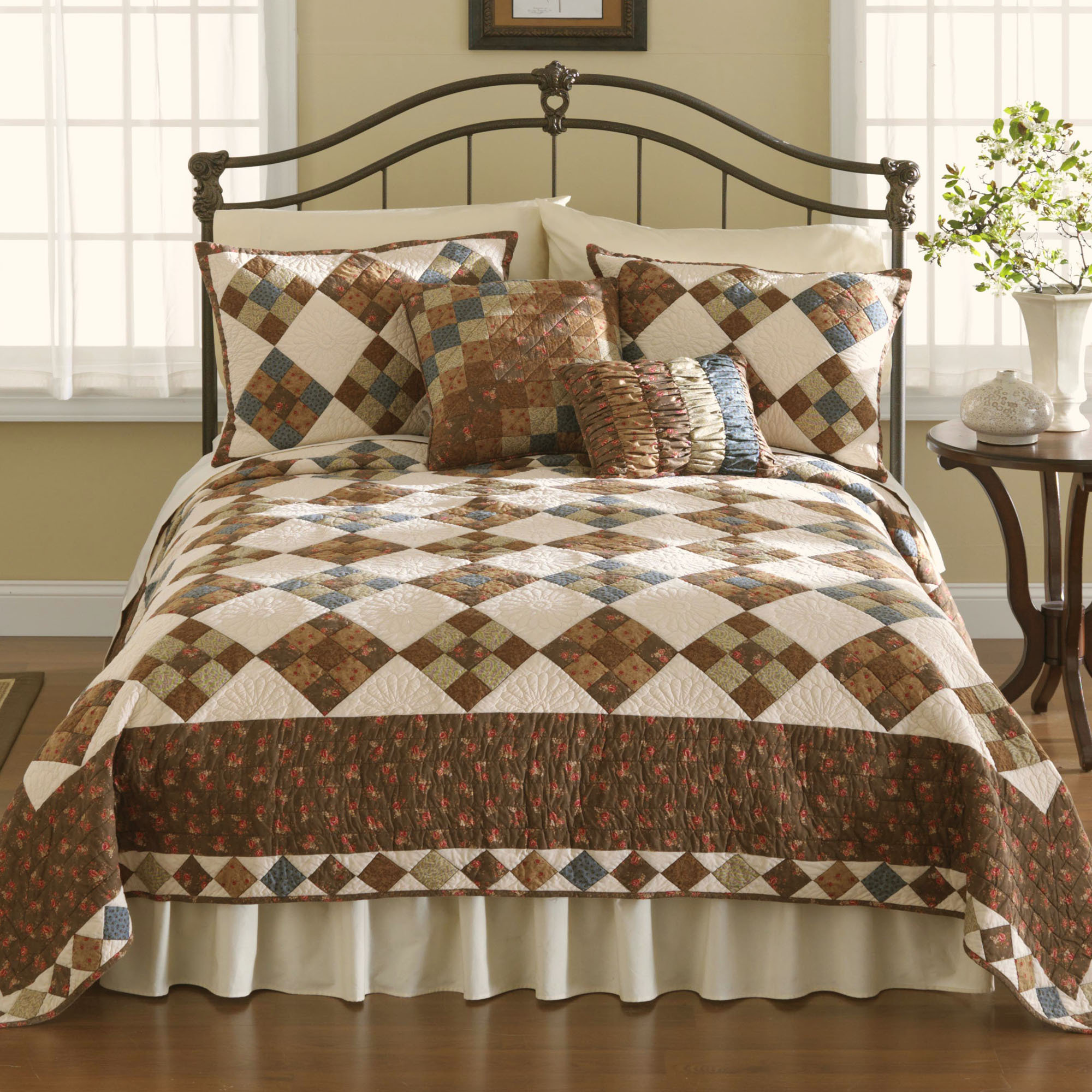 Patchwork bed sheets patterns - P023 001